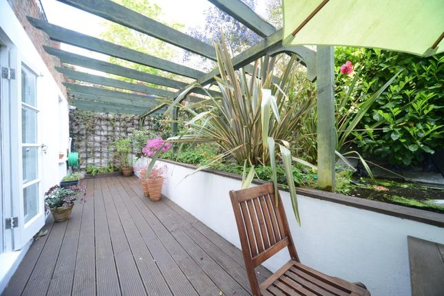 Thumbnail Maisonette for sale in Sylvan Hill, Crystal Palace, London