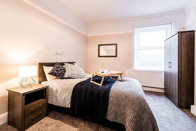 Thumbnail Room to rent in Heathfield Road, Prenton