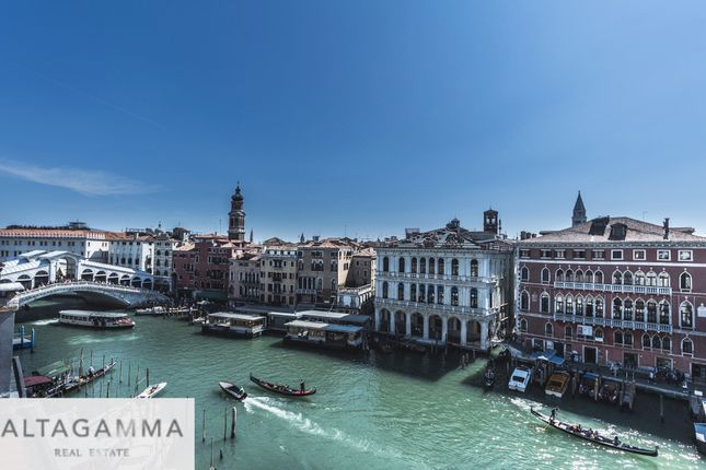 Thumbnail Triplex for sale in San Polo, Venice City, Venice, Veneto, Italy
