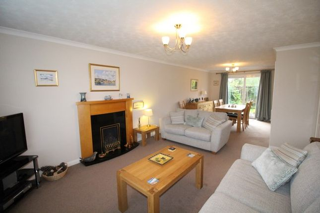 Thumbnail Property for sale in 2 Brae Well Gardens, Linlithgow