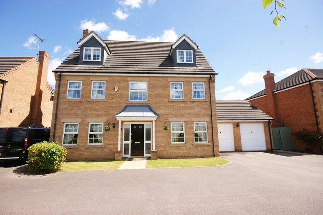 Thumbnail Detached house for sale in Harlequin Drive, Spalding
