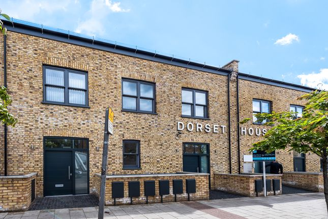 Leisure/hospitality to let in Dorset House, 845-847 Harrow Road, London