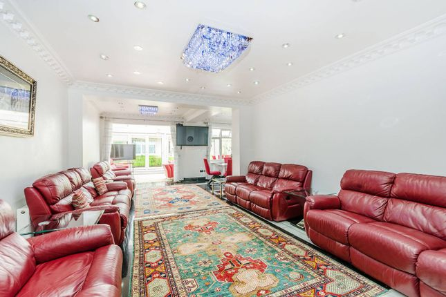 Property for sale in Brondesbury, Brondesbury