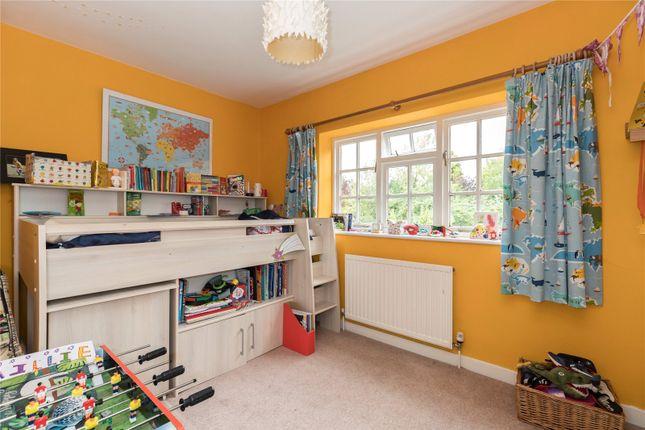 Picture No. 12 of Bulstrode Lane, Felden, Hemel Hempstead, Hertfordshire HP3
