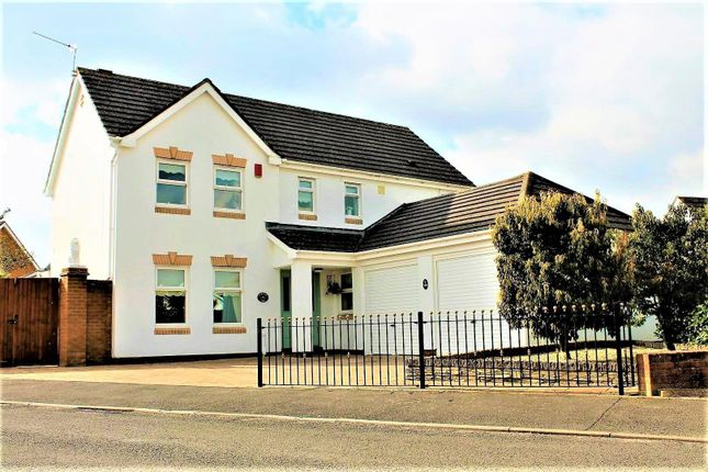 Thumbnail Detached house for sale in Westward Rise, Barry