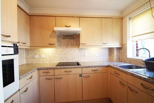 Kitchen of Popes Lane, Totton, Southampton SO40
