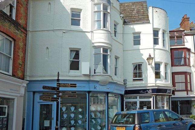 Thumbnail Flat to rent in Bath Road, Cowes, Isle Of Wight