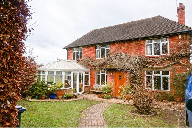 Thumbnail Detached house for sale in Bucklebury, Bucklebury, Reading