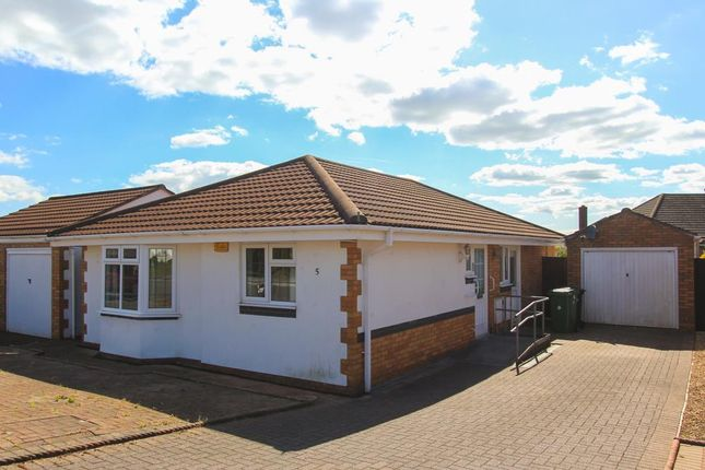 Thumbnail Detached bungalow to rent in Ffordd Cwellyn, Cardiff