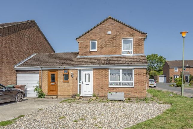 Thumbnail Link-detached house for sale in Kidlington, Oxfordshire