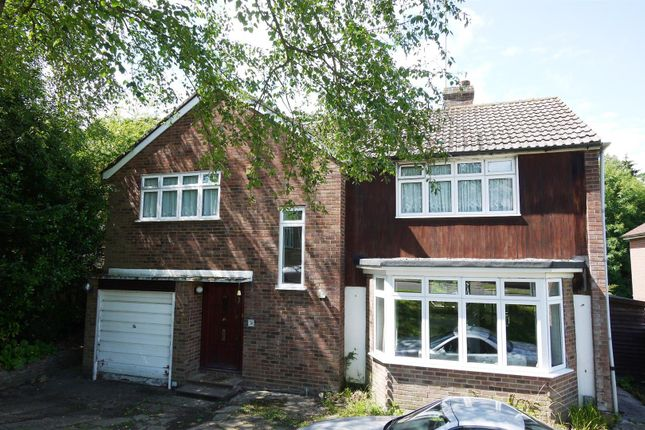 Thumbnail Detached house for sale in Bradgate, Cuffley, Potters Bar