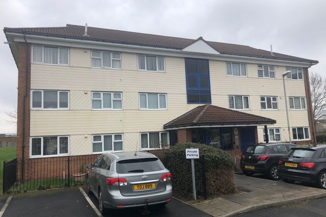 Thumbnail Flat for sale in Locking Croft, Castle Vale