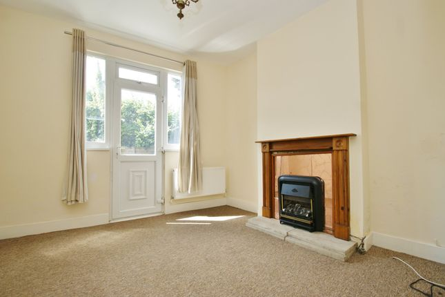 1 bed flat for sale in Midland Terrace, London