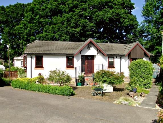 Thumbnail Mobile/park home for sale in Bourne Lane, Woodlands, Southampton