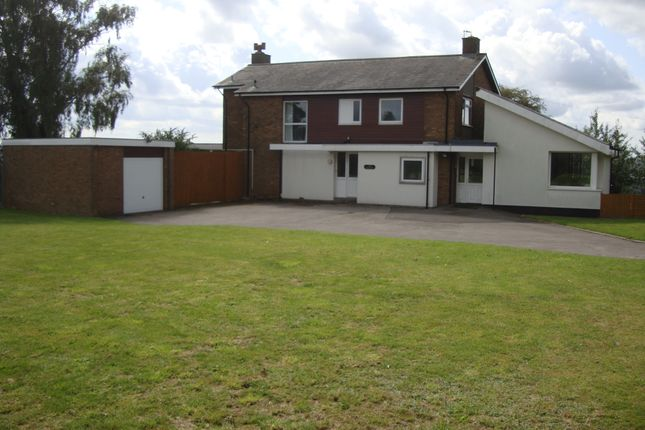 Thumbnail Detached house to rent in Highbridge Road, Dudley