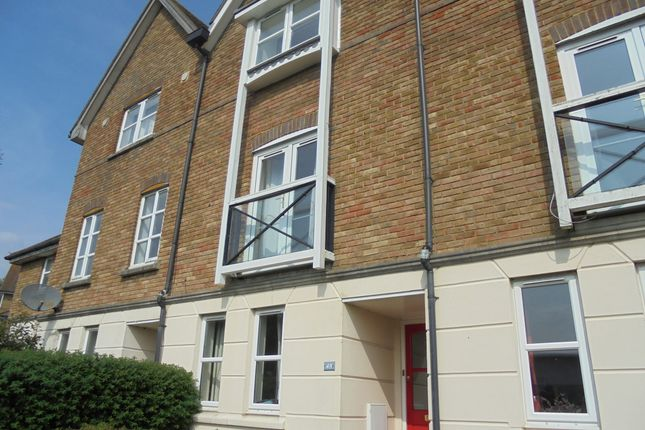 Thumbnail Town house to rent in Mill Court, Ashford, Kent