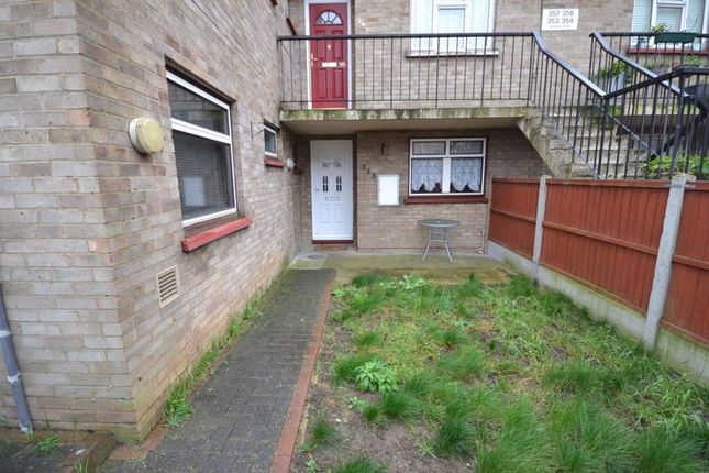 2 bed maisonette to rent in Ashley Close, Corringham, Stanford-Le-Hope SS17