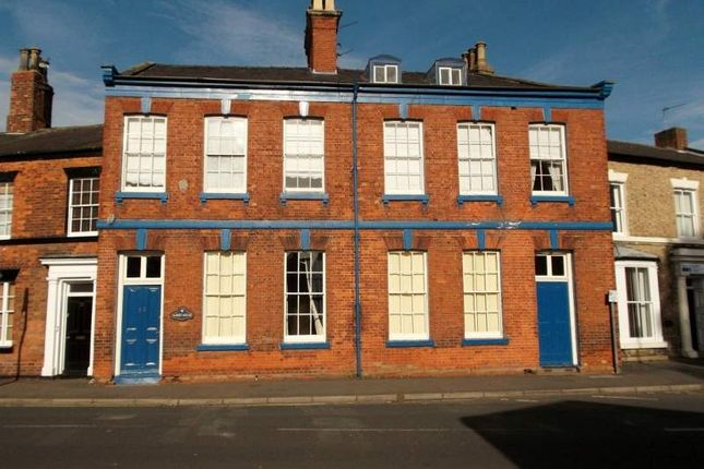 Thumbnail Hotel/guest house for sale in Bigby Street, Brigg