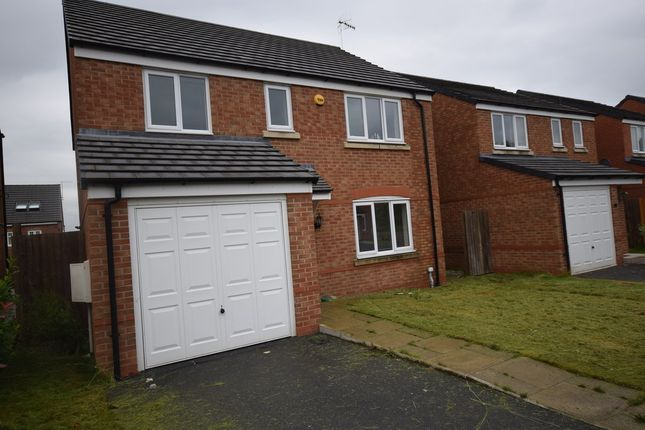 Thumbnail Room to rent in Brent Close, Newcastle-Under-Lyme