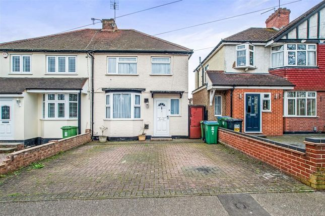 Thumbnail Semi-detached house to rent in North Approach, Watford
