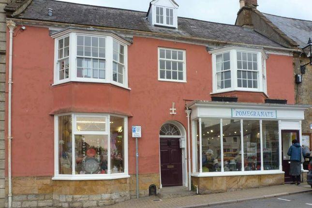 Retail premises to let in Beaminster, Dorset