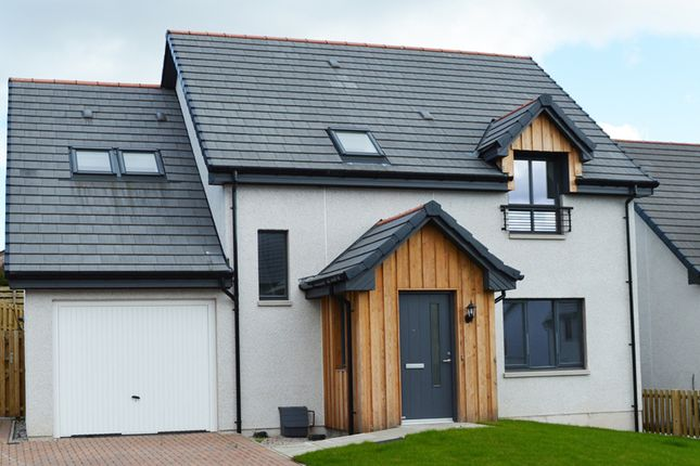 Thumbnail Detached house for sale in Schoolfield Road, Rattray, Blairgowrie