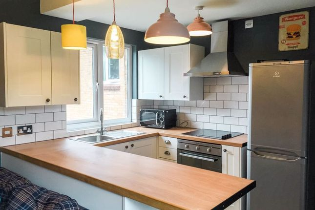Thumbnail Shared accommodation to rent in Norfolk Park Road, Sheffield