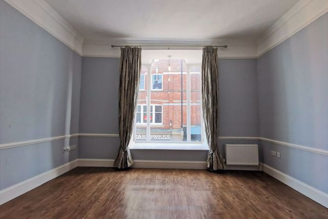 3 bed flat to rent in Abbeygate Street, Bury St. Edmunds IP33