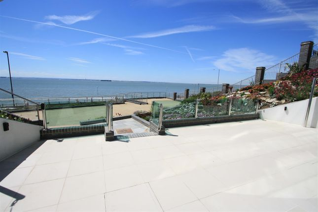 Thumbnail Flat for sale in Beach Apartment, Crowstone Court, Westcliff Esplanade