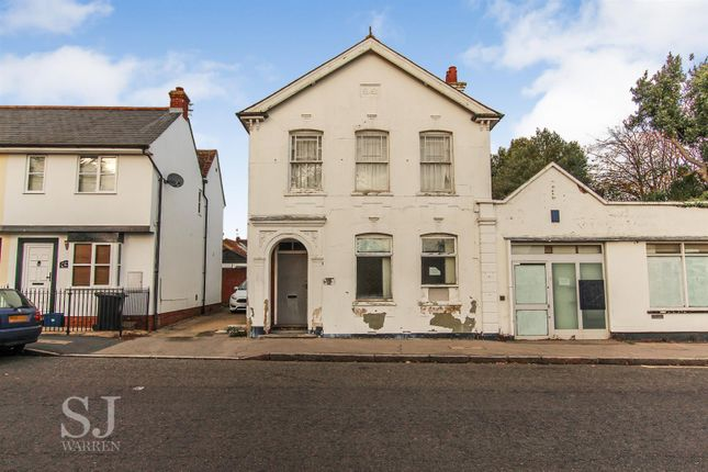 Thumbnail Maisonette for sale in Station Road, Southminster