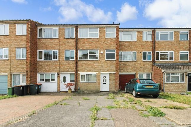 Thumbnail Property to rent in Jardine Way, Dunstable