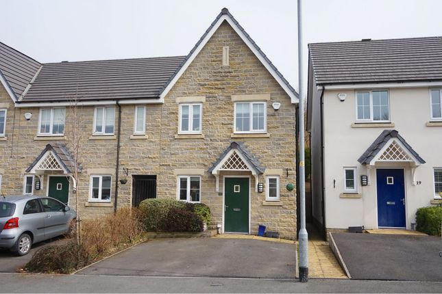 Thumbnail Town house for sale in Cocksfoot Drive, Ashton-Under-Lyne