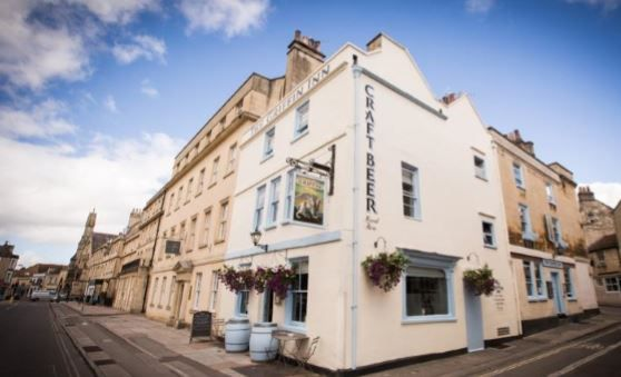 Thumbnail Pub/bar for sale in Monmouth Street, Bath, Somerset
