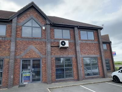 Thumbnail Office to let in Salisbury House, Wheatfield Way, Hinckley, Leicestershire