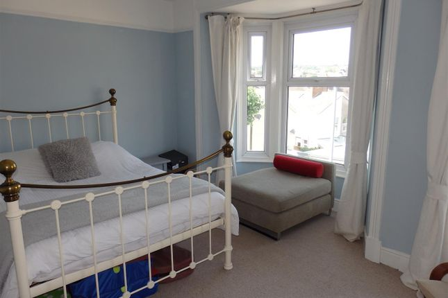 Bedroom 1: of College Hill, Llanelli SA15