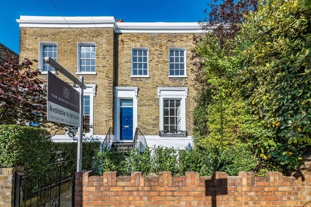 Thumbnail Terraced house to rent in Lawford Road, London