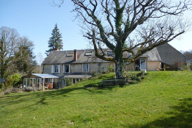 Thumbnail Villa for sale in Saint-Vaury, Creuse, Nouvelle-Aquitaine