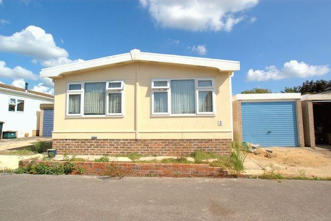 Thumbnail Mobile Park Home For Sale In Gracelands Lyndhurst Road Highcliffe