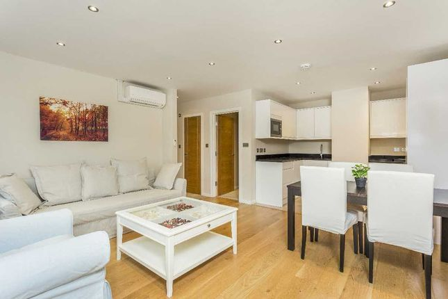 Thumbnail Flat to rent in Crawford Place, London