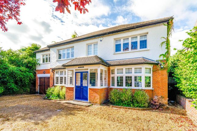 Thumbnail Property to rent in Ollards Grove, Loughton