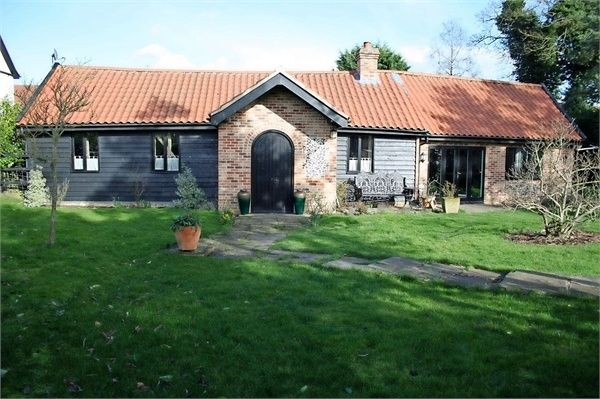 Thumbnail Barn conversion for sale in Meadow Lane, North Lopham, Diss, Norfolk