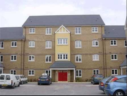 Thumbnail Flat to rent in Doulton Close, Weymouth, Dorset