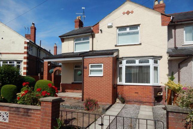 Thumbnail Terraced house to rent in Glen Avon, Wrexham