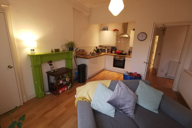 Thumbnail Flat for sale in Step Row, Dundee