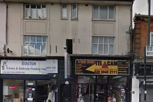 Thumbnail Flat to rent in Boston Road, London