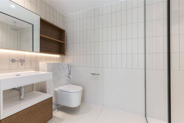 Bathroom of Bartholomew Close, London EC1A