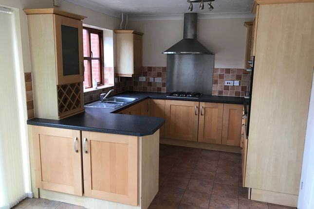 Kitchen of Essex Hall Road, Colchester CO1