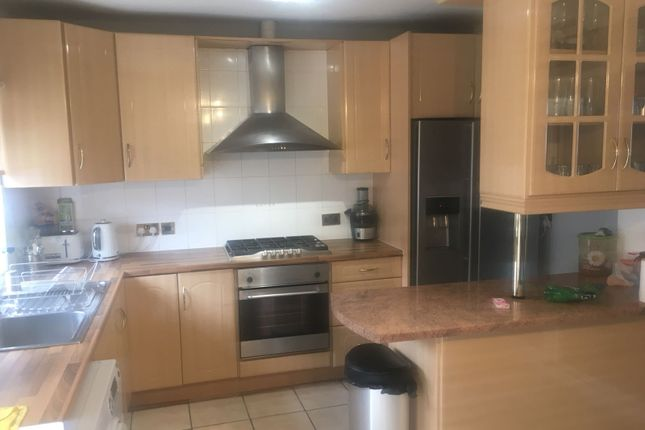 Thumbnail Terraced house to rent in Wentworth Road, Hounslow