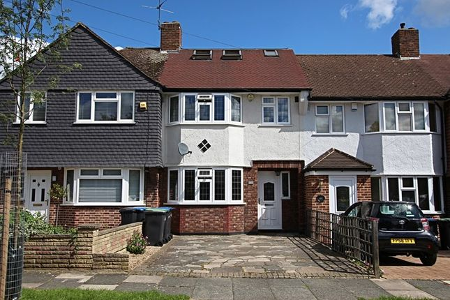 Thumbnail Property for sale in Kenilworth Crescent, Enfield