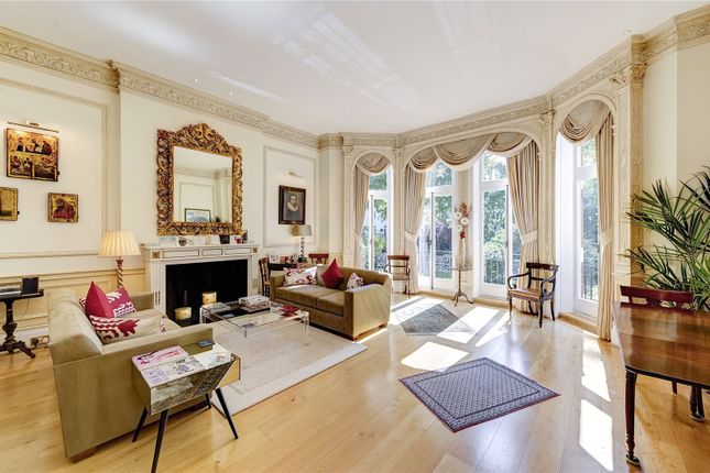 Thumbnail Flat for sale in Egerton Gardens, London